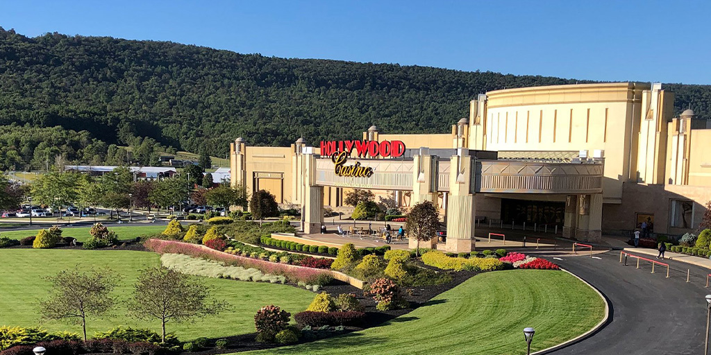 Hollywood-Casino-at-Penn-National-Race-Course