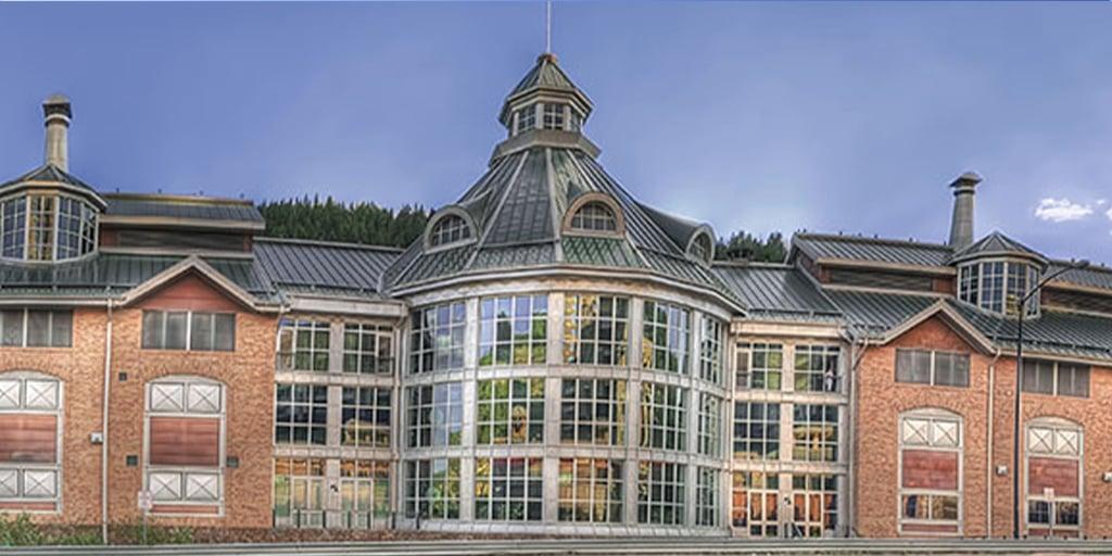 Lodge-Casino-